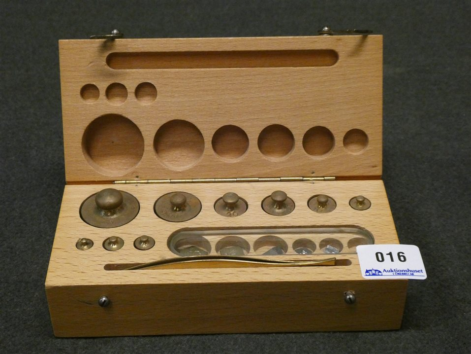 Auktion: 393 Objekt: 016