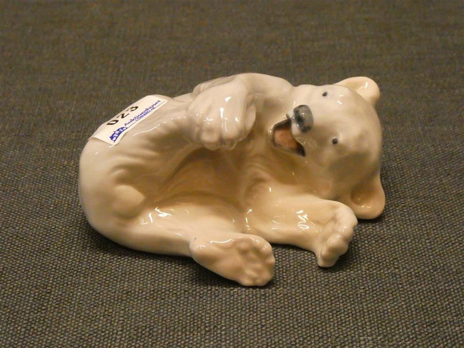 Auktion: 397 Objekt: 023