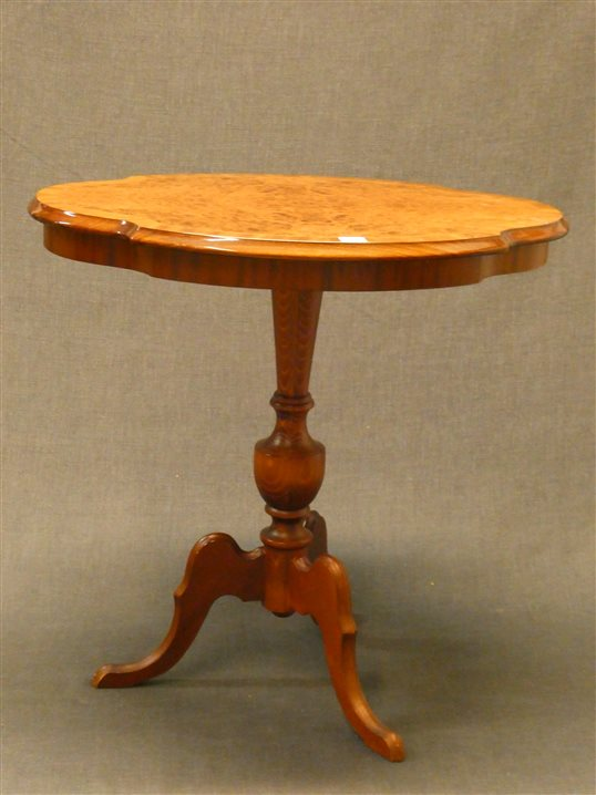 Auktion: 407 Objekt: 014