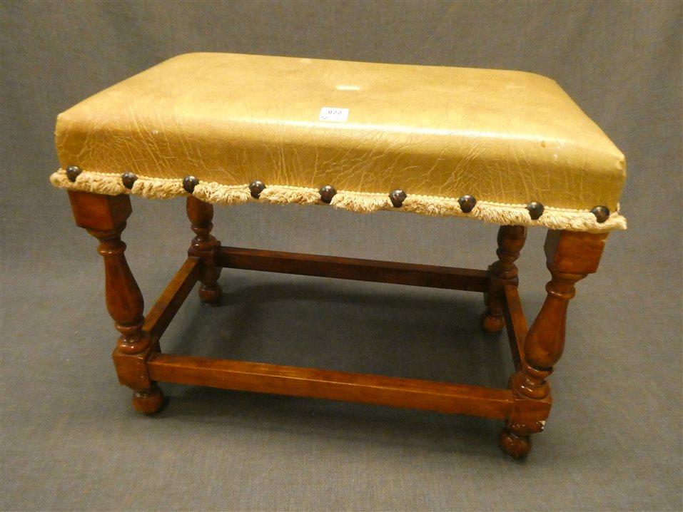 Auktion: 437 Objekt: 022